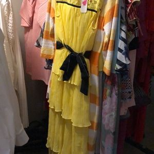 Elegant Tiered Lemon Maxi Dress